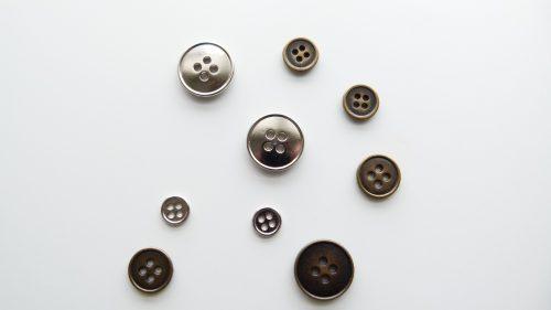 Botón Clásico Metal 4 Agujeros